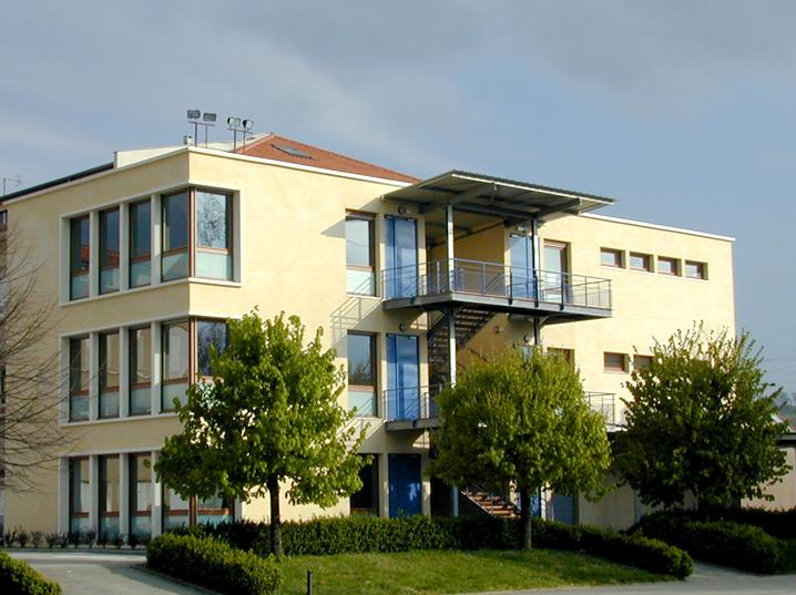 HUBERT COCAGNE-H2C ARCHITECTURE-COLLEGE ST BONNET DE GALAURE 26-N°3