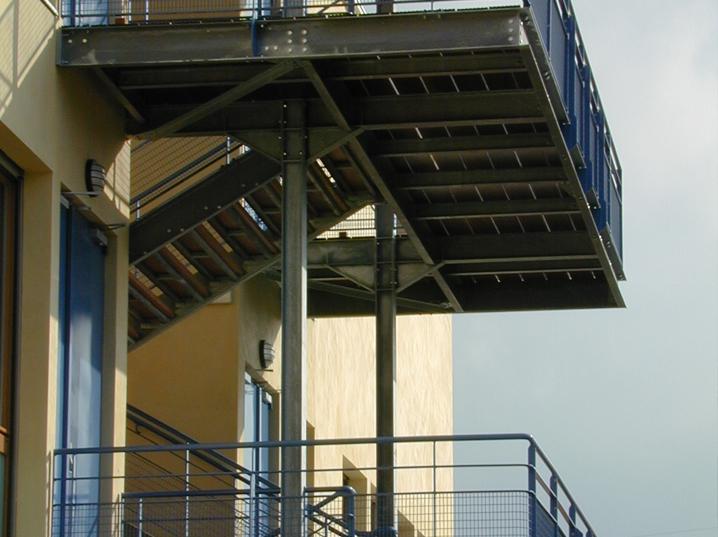 HUBERT COCAGNE-H2C ARCHITECTURE-COLLEGE ST BONNET DE GALAURE 26-N°4